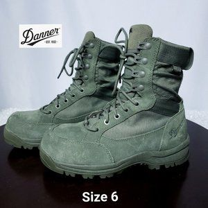 """NWOT Danner Tanicus 8"""" Sage NMT D Boot Size 6"""